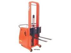 Dock Equipment-Lift